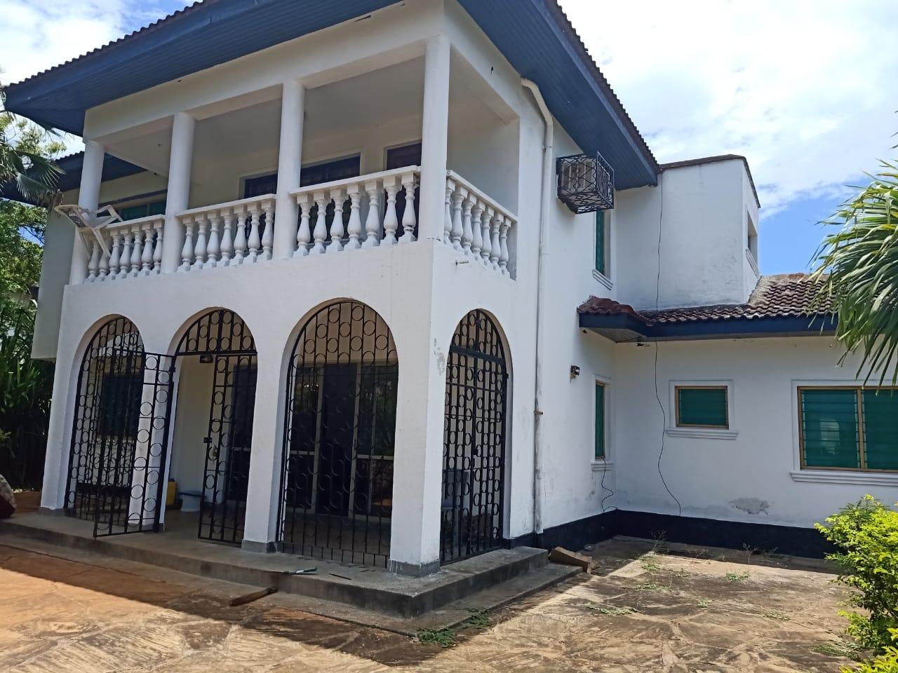HOUSE FOR SALE IN KENYAN COAST, MOMBASA-NYALI