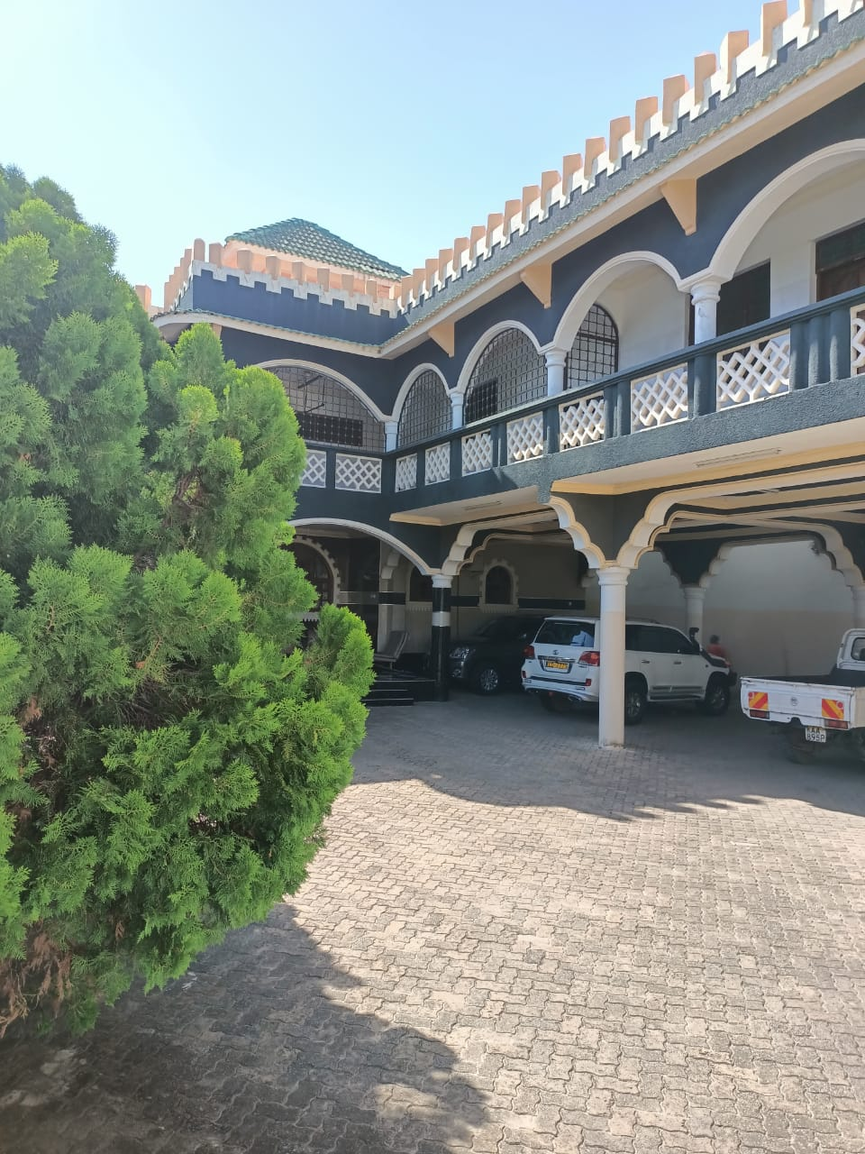 8 BEDROOMS HOUSE FOR SALE IN NYALI, MOMBASA