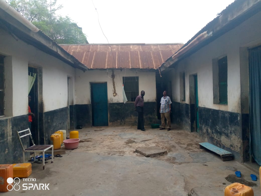 PLOT WITH AN OLD SWAHILI HOUSE FOR SALE IN KONGOWEA MARKET